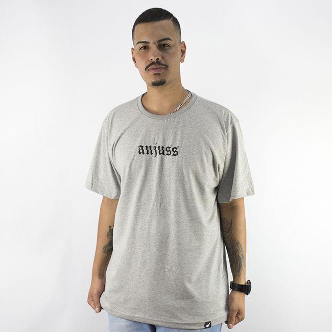 camiseta-masculina-anjuss-blackletter