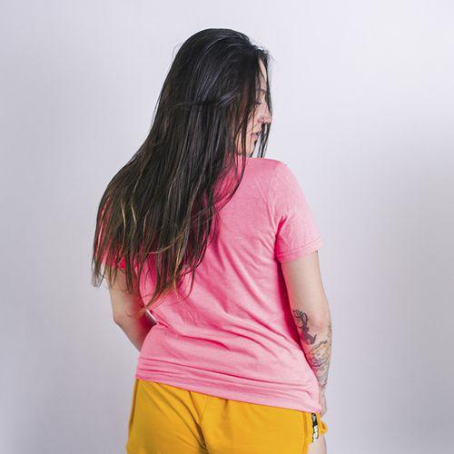 CAMISETA-FEMININA-GIRLBOSS-ANJUSS