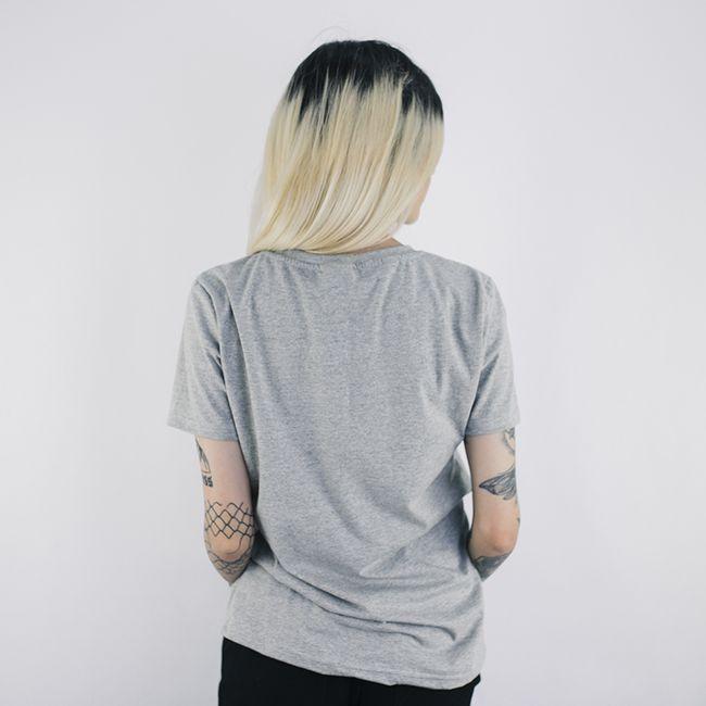 Camiseta-Feminina-Woman-King-Anjuss